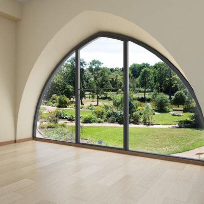 fenêtre châteaubriant forme spécifique